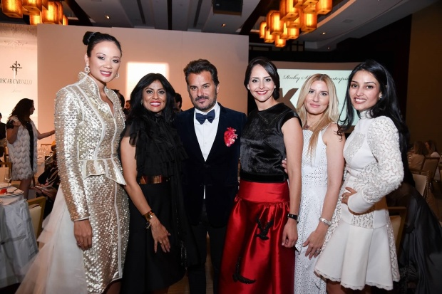 Fashion Designer Oscar Carvallo and WW&S ladies